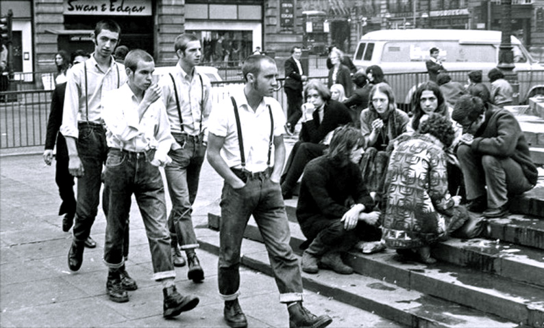 Skinheads and Hippies, Piccadilly Circus